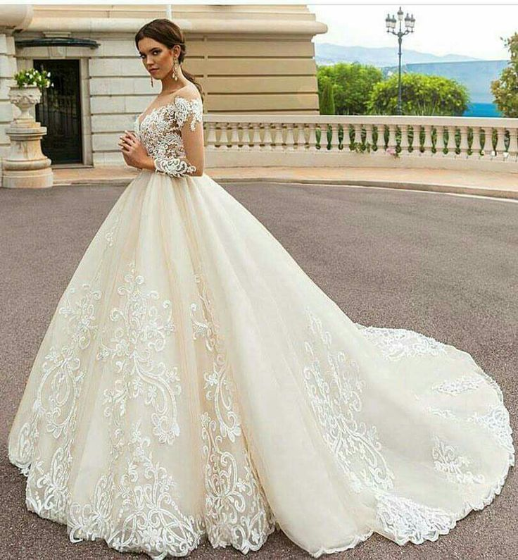 820 best wedding gowns, dresses etc... images on Pinterest ...