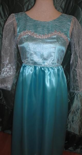 Elsa Schnittmuster Gr. 122-128 Eiskönigin Kleid von schere plus nadel auf DaWanda.com