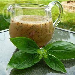 Vinaigrette pour salade grecque, note : ajouté 2 tablespoon de jus de citron et 1/2 teaspoon de sucre