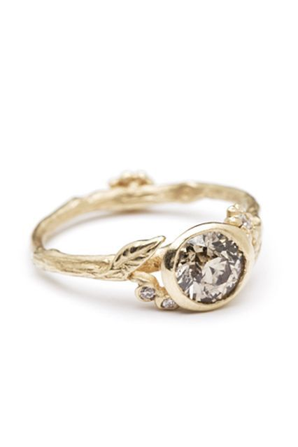 25 Unique Rings For The Offbeat Bride #refinery29 http://www.refinery29.com/67769#slide-24
