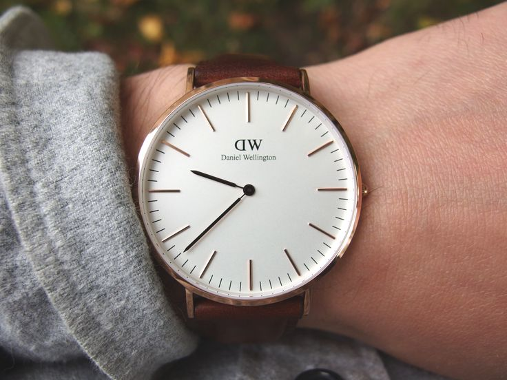 One of our favorite reviews of the year: Daniel Wellington's rose gold watch.