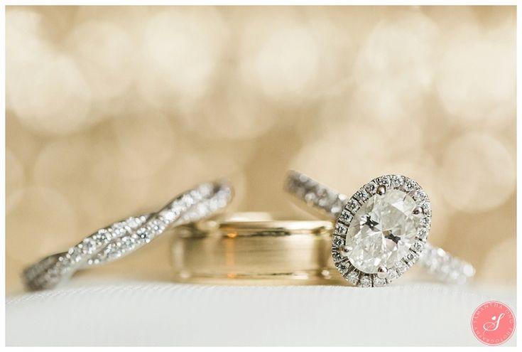 Beautiful Wedding Rings | A Magical Spring Blossom Wedding at Pillar and Post | Niagara-on-the-Lake | Niagara Weddings  | © 2016 Samantha Ong Photography www.samanthaongphoto.com #samanthaongphoto #weddingphotography #weddings #weddingphotos #niagarawedding #niagara #pillarandpost #niagaraonthelake #weddingrings
