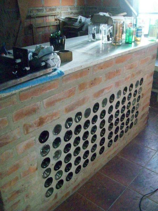 monta una barra de bar en tu jardín y recicla botellas de vino