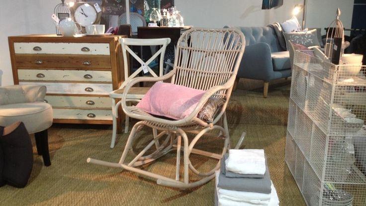 Les 25 meilleures id es concernant coussins de chaise for Barreau de chaise