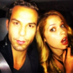 Pitch Perfect stars Alexis Knapp and Skylar Astin set to co-star in TBS pilot!!