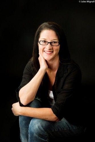 Love OzYA Author Q&A: I spoke with #LoveOzYA author Fleur Ferris about her debut novel, Risk.