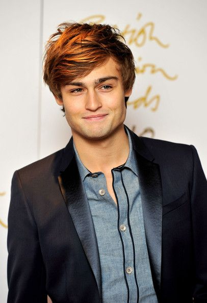 Douglas Booth and his cute little smile... <3  can I marry him?