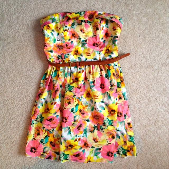 Minis Dresses, Summer Dresses, Floral Prints, Spring Dresses, Design Clothing, Spring Wedding, Leather Belts, Floral Dresses, Dreams Closets