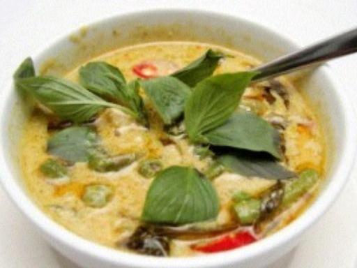 Curry vert thaïlandais - Recette de cuisine Marmiton : une recette