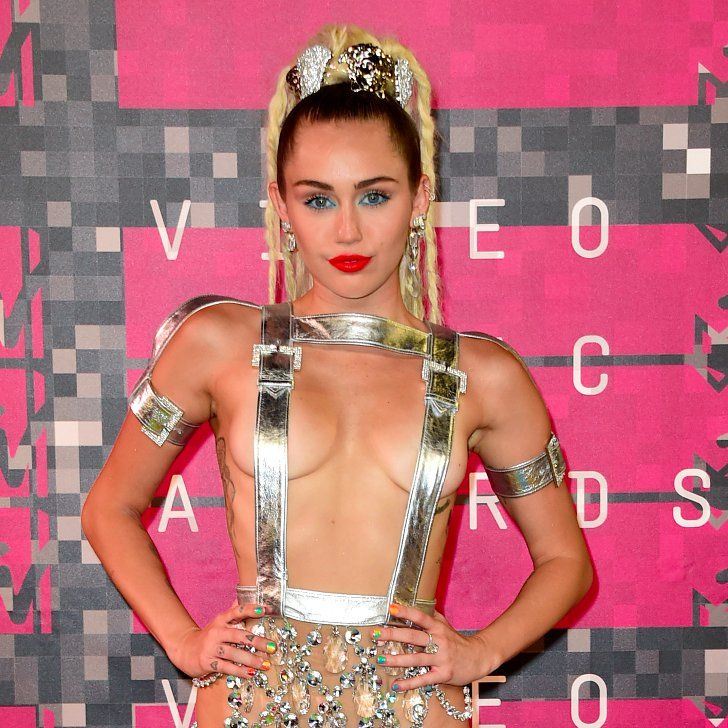 Miley Cyrus's VMAs Ponytail Has Many Unexpected Twists
