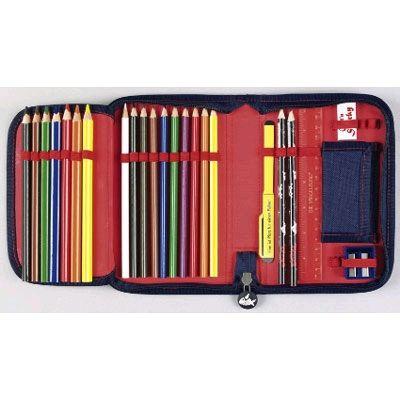 Gefüllte Federmappe oder verschiedene Stifte mit Anspitzer und Radiergummi