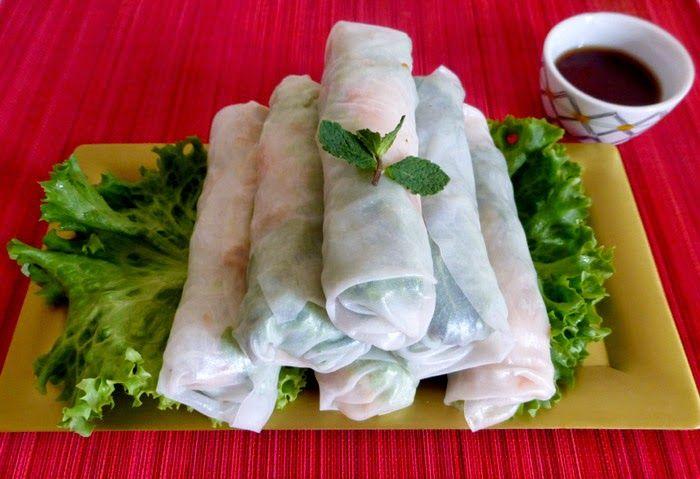 Le rouleau de printemps est une spécialité culinaire du Vietnam. C'est également le nom d'un autre plat chinois, nommé ''chūnjuǎn'' (春卷), La garniture est enroulée dans une galette de riz crue.Il est  appelé Goi Cuốn(porc cuit dans un bouillon et émincé, de crevettes, de l'omelette, de la vermicelle de riz et de légumes), Bo Cuốn (de viande de bœuf émincée et de légumes) ou Bi Cuốn