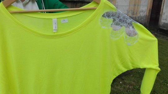 Pextex.cz - Dámské triko s aplikací a dlouhým rukávem a top velkým výstřihem Bella