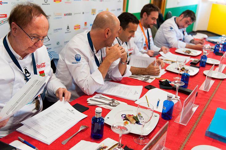 Jurado degustación: José Carlos Capel, Iñaki Pérez Urrechu, Óscar Velasco, Miguel Ángel de la Cruz y José Carlos Fuentes