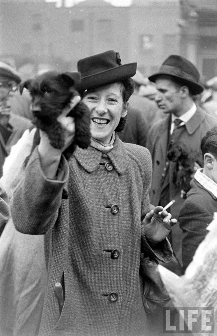 Shoreditch Market: The Shoreditch Live Animal Market, 1946 (With Images