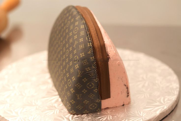 Designer Handbag Cake Tutorial by Make Fabulous Cake