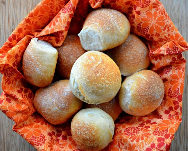 Crusty Chewy French Bread Dinner Rolls. So good and easy to make.