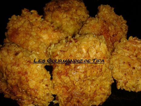 nuggets poulet aux flocons d'avoine  http://lesgourmandizdetifa.wordpress.com/2014/08/07/nuggets-maison/