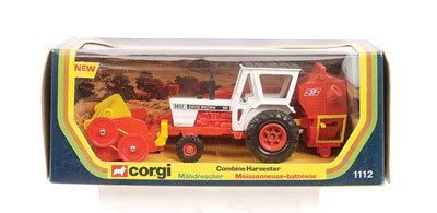 Mettoy Corgi diecast No.1112 David Brown 1412 Tractor with Combine Harvester