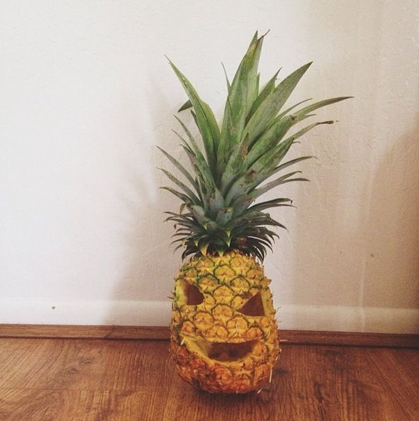 50 best images about a playful pineapple on pinterest for Pineapple carving designs