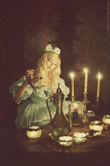 All Alice/karen cox....Amazing Alice in Wonderland inspired photo shoot.