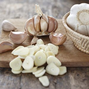 Garlic can lower blood pressure and triglyceride levels if used every day. Although garlic supplements can be used, nutritionists recommend fresh garlic for maximum benefits.