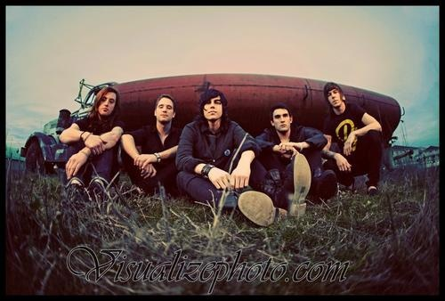 Sleeping With Sirens --> Love them so much!