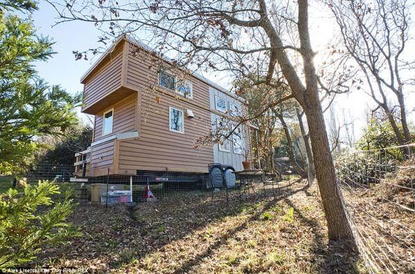 Maison de 2,44 / 6 m | coût 21 600 euros | nouvelle tendance minimaliste | il faut aimer le style de vie !?
