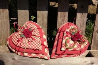 Il BOSCO DI CAMELOT....I love red checkered hearts!