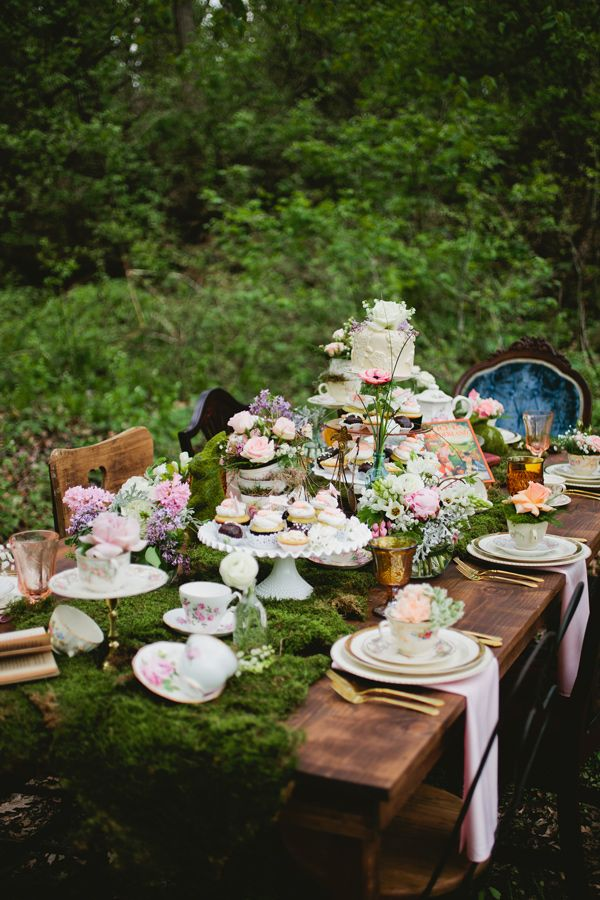 (Main focus) Moss runner and vintage china. Vintage Rentals and Styling: A Touch of Whimsy Events / Invitations, Paper Goods and Styling: Flair Necessities / Floral Design: The Vines Flower and Garden Shop. – photo by http://www.mattandashleyphoto.com/