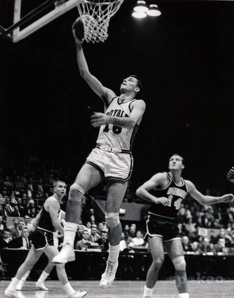 """Jerry Lucas 6'9"""" versatile Hall of Famer college ball at Ohio State 1960"""