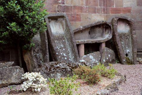 Les sarcophages romans découverts dans la collégiale de Lautenbach