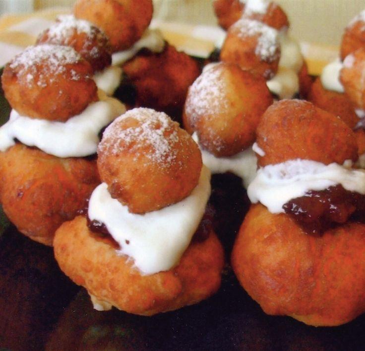 Papanași - Retete culinare - Romanesti si din Bucataria internationala