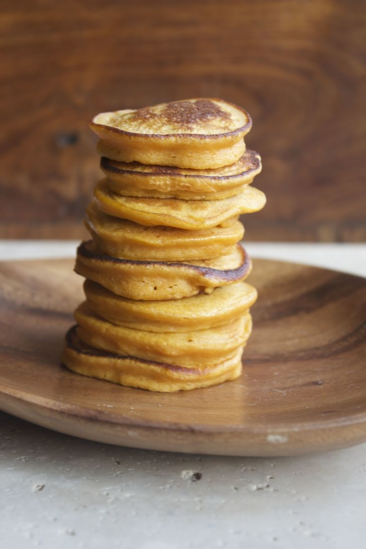 Sweet Potato Cakes #healthy #clean #recipes http://greatist.com/eat/clean-eating-recipes-that-taste-amazing