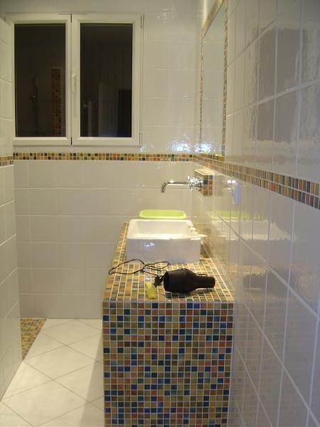 Les 48 meilleures images propos de salle de bains sur pinterest serviettes conservation et for Petite salle de bain japonaise