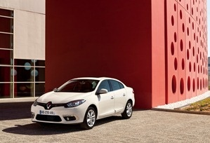 2013 Renault fluence 7  http://autogadget46.blogspot.in/2012/11/2013-renault-fluence-images-and-details.html