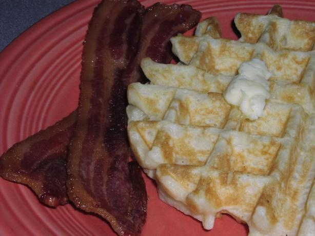 Quick way to cook bacon in microwave without all the greasy mess & splattering on a stovetop.