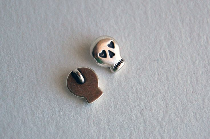 Other – 1 x skull silver charm – a unique product by thesecretgarden on DaWanda