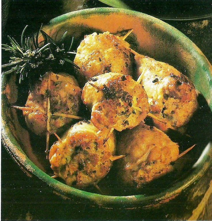 PESTO GENOVESE: Cosce di pollo con pancetta e pistacchi
