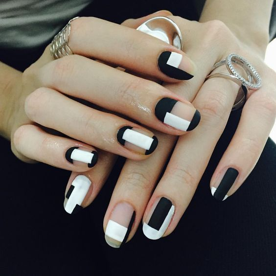 Perfect black and white nail art #nails #nail-art #womentriangle