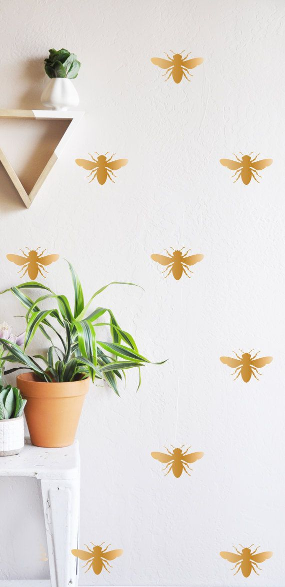 25 INDIVIDUAL - 3.5H BEE/HIVE  Fully removable and reusable wall decals that will brighten and add character to any room. **PLEASE NOTE THAT