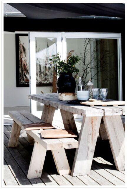 2x4 picnic table
