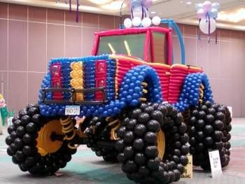 DR SUZY!!!!! Monster Truck made of all balloons!
