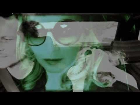 ▶ 2RAUMWOHNUNG /// BEI DIR BIN ICH SCHÖN /// OFFICIAL VIDEO - YouTube
