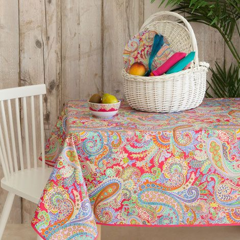 Paisley laminated tablecloth zara home norge norway for Zara home manteles mesa