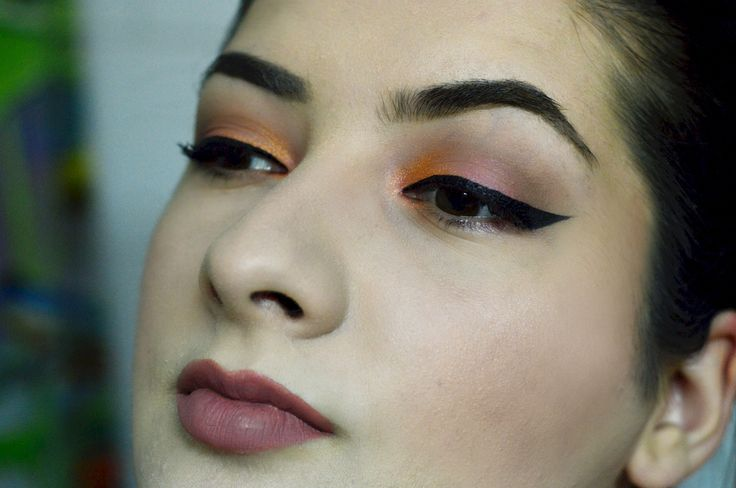 Summer makeup #morphegirl #jaclynhillfavorites #jaclynhillpalette #makeuprevolution #makeupaddict #sleekbirthdaysuite #sleekmatteme #macfoundation