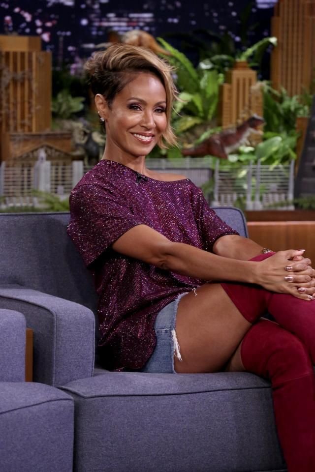 Jada Pinkett Smith 48 Says Her Nagina Looks Like A Little Beautiful Peach Thanks To Procedure Short Hair Styles Natural Hair Styles Short Hair Styles Pixie