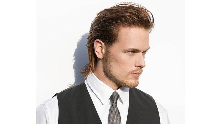 "Scottish lads in the 18th century were, by necessity, strong and fit. But they didn't look like modern-day bodybuilders. Sam Heughan does, and  ""Outlander""  fans don't seem to mind. The star spends plenty of screen time shirtless as the Highlands warrior Jamie Fraser on the Starz show, which starts its second season tonight. He bulked up for the role with what he called ""functional weightlifting and CrossFit type stuff."" But he still makes time for his first fitness passi..."