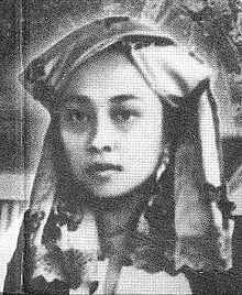 Rohana Kudus (1884-1972) was the first female Indonesian journalist, founder of the Sunting Melayu newspaper, and an activist for women's emancipation.