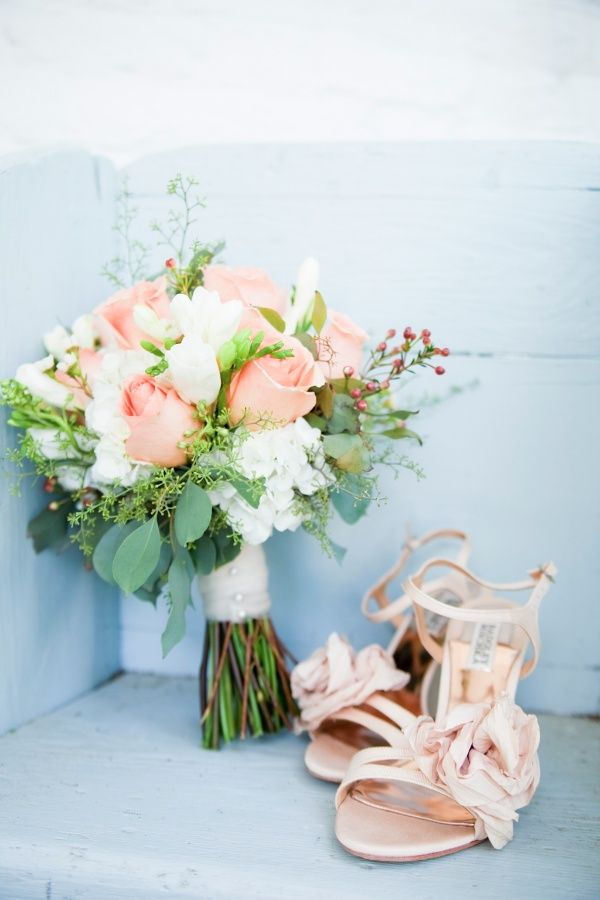 1000+ ideas about Peach Wedding Bouquets on Pinterest   Peach Weddings, Bouquets and Wedding Bouquets